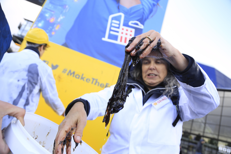 Protest tegen kinderfestival Generation Discover toont Shells ware gezicht